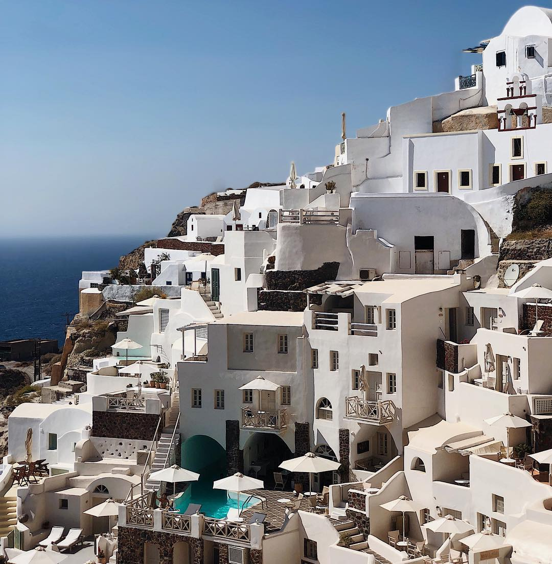 Oia Mare buildings in Santorini